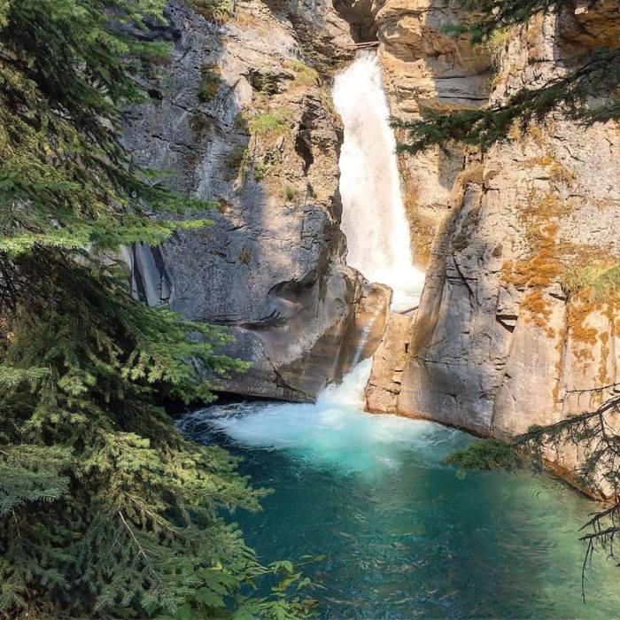 Johnston canyon banff